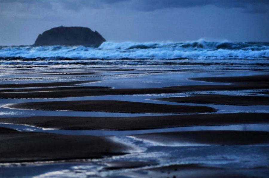 IZARO: la isla de las leyendas de amantes, regatas y piratas.